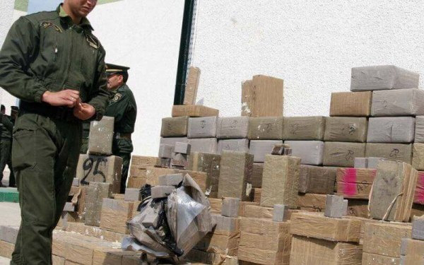 Argelia anuncia la detención de más de 3 mil narcotraficantes que intentaron inundar el país con droga marroquí.