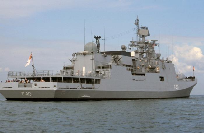INS Talwar - F40 - Missile Frigate - Indian Navy - 01-TN