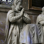 Église Notre-Dame-de-la-Nativité : statue funéraire de Madeleine de l'Aubespine