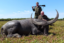This enormous curled bull taken by Mr Igor Kheyfits from Russia, scores 104+ SCI. Another huge bodied bull on the Carmor flood plains. Hard to wipe the smile off these 2 gentlemen's faces!
