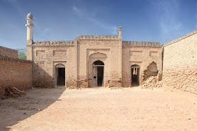Old Masjid inside Derawar fort, Cholistan