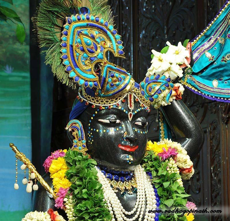 ISKCON Chowpatty Deity Darshan 03 Mar 2016  (17)