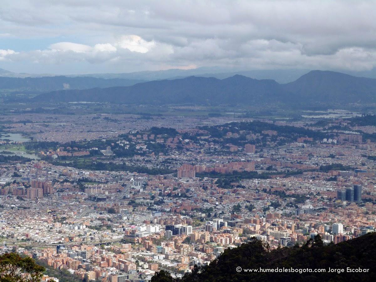 Humedal Córdoba desde los cerros orientales