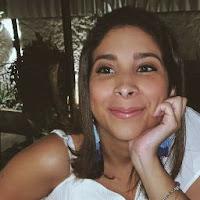 Claudia Villalobos's avatar