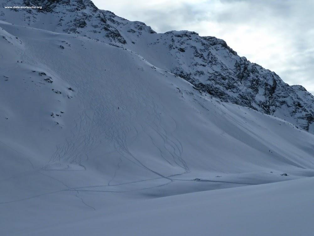 Avalanche Haute Tarentaise, secteur Aiguille du St Esprit, Grand col - Photo 1
