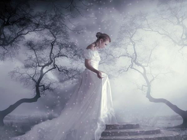 White Forg In Garden Girl, Magic Beauties 1