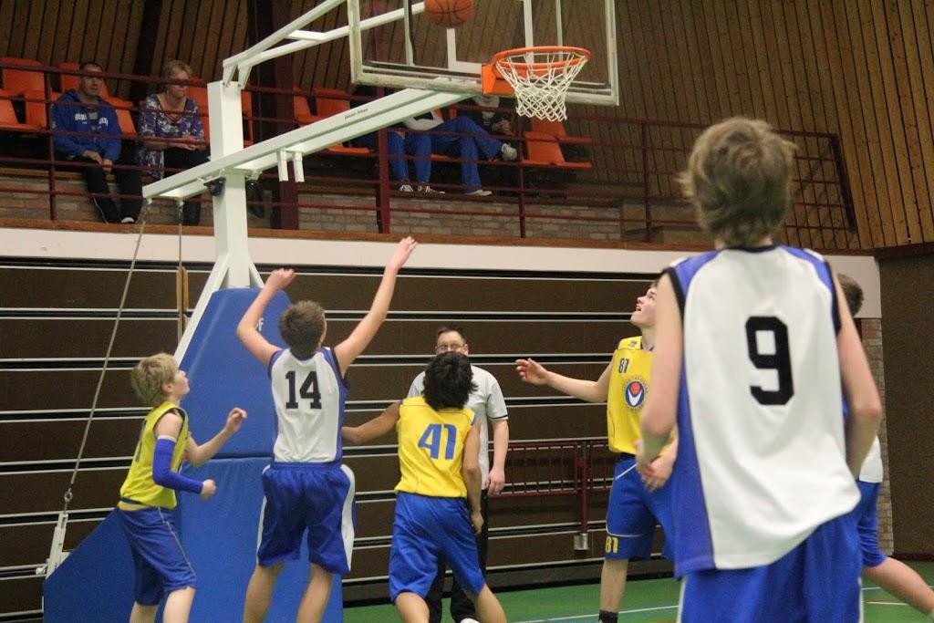 U16 wedstrijd 12 maart 2011 - IMG_2314.JPG
