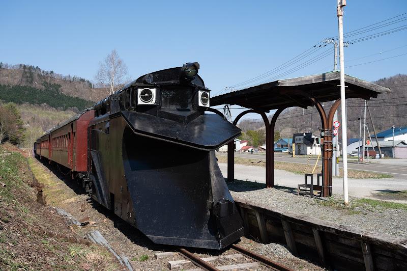 190505 南大夕張駅の保存車両
