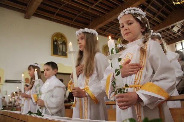 Первое причастие у католиков - большая радость для ребенка