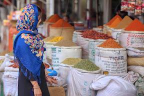 Akbari Mandi spice market, Lahore