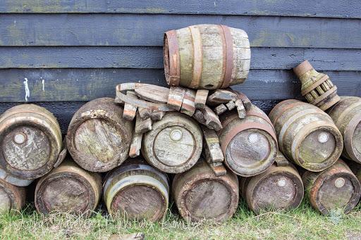 Zaanse Schans - wooden barrels
