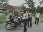 Kapolsek Sukaratu beserta Anggota Terus Masif Operasi Yustisi