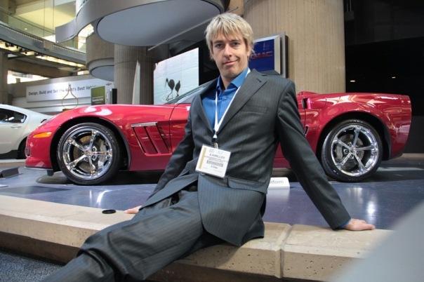 Alex Lesli Pua In General Motors Auto Show, Alex Lesley