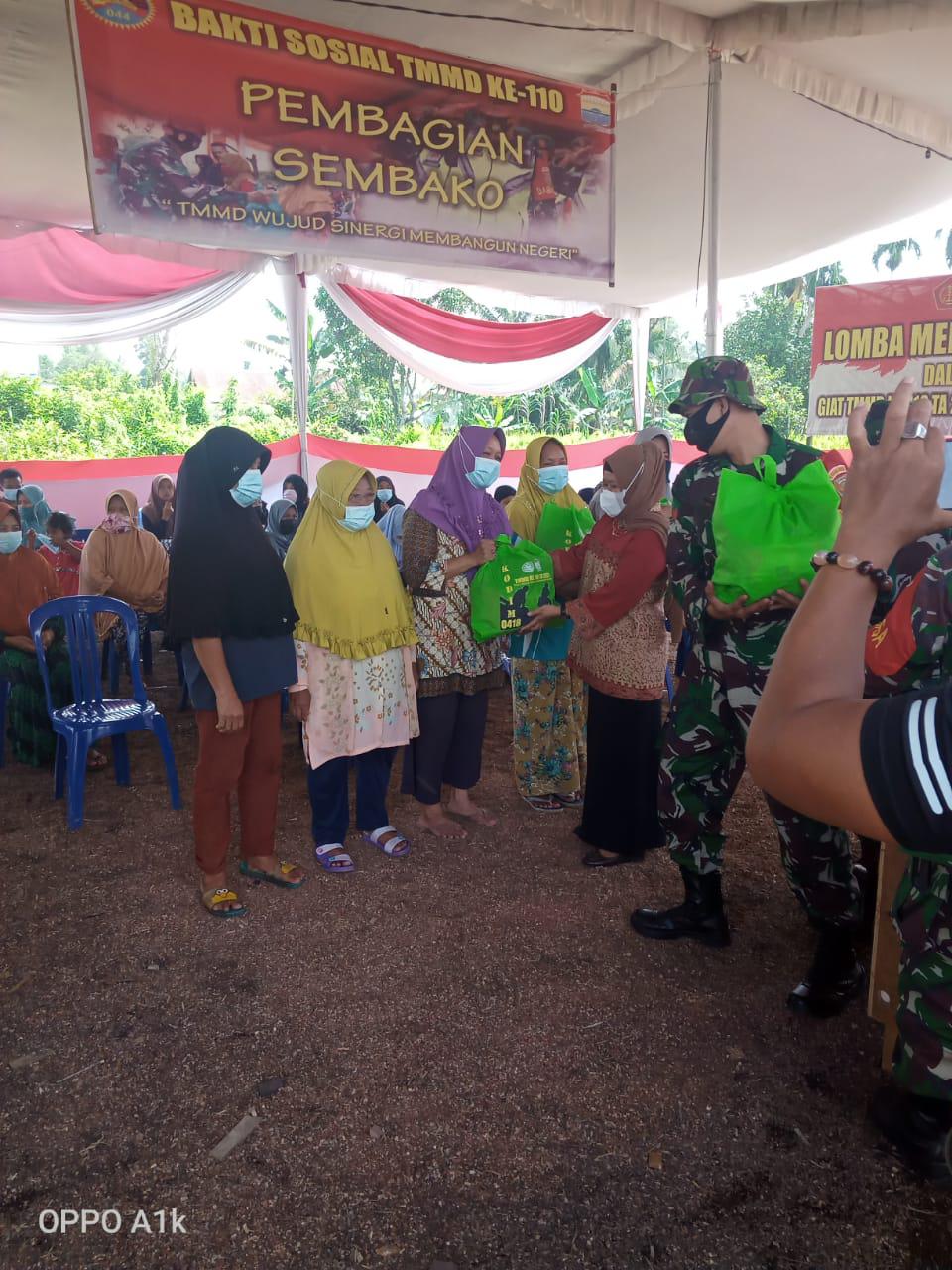 Warga Kampung Jawi Berterima Kasih Sudah, Kampung Sudah Sudah Dibangun dan Diberi Sembako Gratis