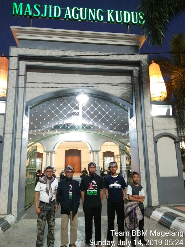 Tim Bersih-bersih Masjid Magelang hadir dalam Resik-resik Masjid dan Silaturahmi komunitas Bersih-bersih Masjid se-Jawa tengah di Masjid Agung Kudus