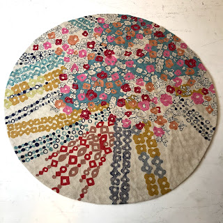 5' Round Crewel Round Rug/Table Cloth