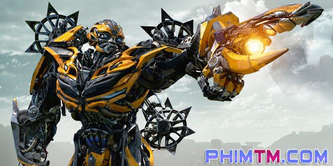 """17 chi tiết thú vị có thể bạn đã bỏ lỡ trong """"Transformers: The Last Knight"""" - Ảnh 3."""