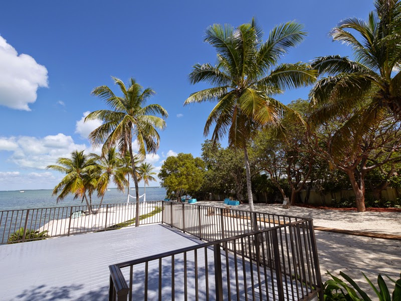 All inclusive florida wedding key largo lighthouse beach for Florida keys all inclusive honeymoon