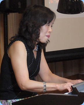 Our guest artist, Reiko Noda, all the way from Japan. Reiko visited NZ last year at about the same time of year and we are privileged to have her play for us again. Photo courtesy of Dennis Lyons.