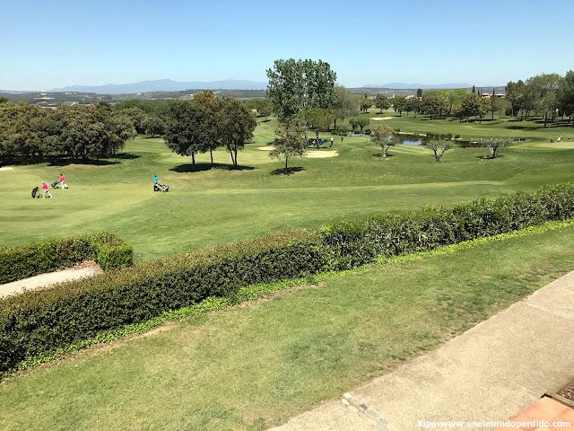 hoyos-golf-torremirona.JPG