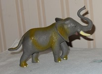 142 01-figurine