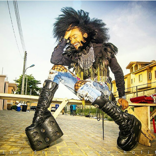 Photo: Denrele Edun in wedge heels