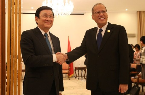Image of Vietnam President Truong Tan Sang Talks About West Philippine Sea Dispute on his APEC One-on-One Meeting with President Aquino