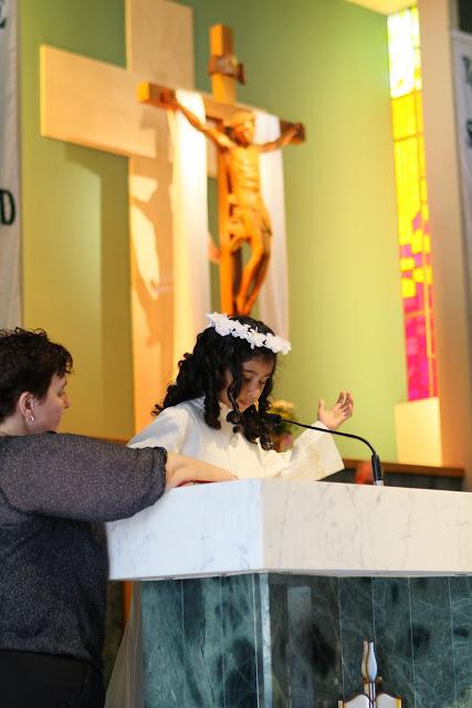 1st Communion May 9 2015 - IMG_1103.JPG
