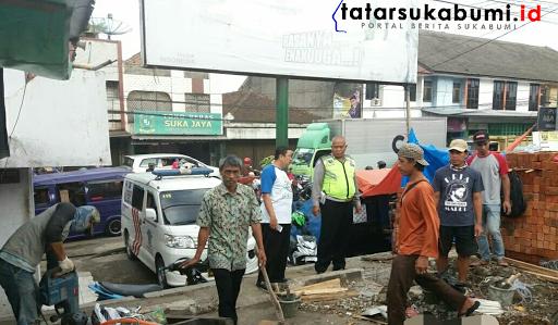Dikyasa Polres Sukabumi Tinjau Pembangunan Pos Lantas Baru Wilayah Cicurug
