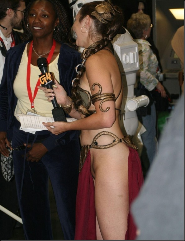Princess Leia - Golden Bikini Cosplay_865825-0004