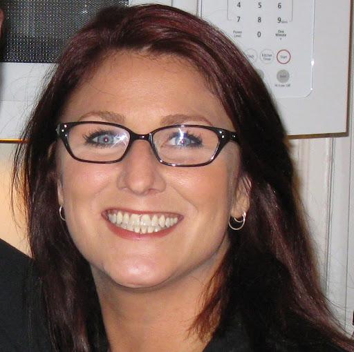 Carolyn Kelly