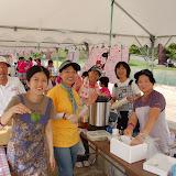 2011091814ボランティアの笑顔