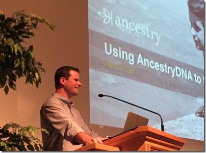 杰夫·奥尔在2015年的祖先讨论了2015年BYU关于家族历史和家谱会议。