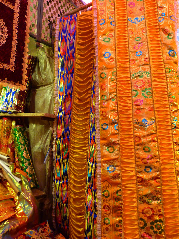 XINJIANG . Kasghar, le Grand Bazar - P1280384.JPG