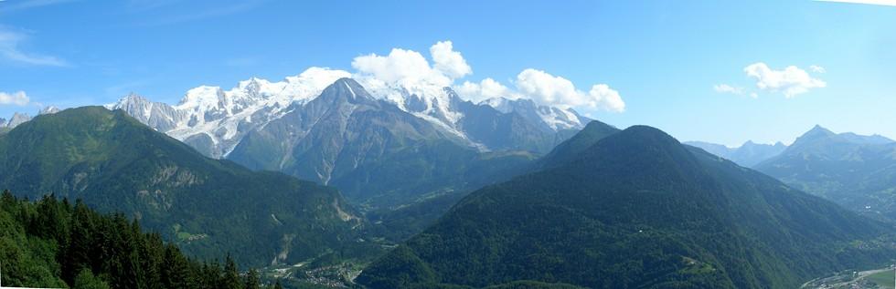 Il Monte Bianco visto dal Plateau d'Assy (località Joux PLane)