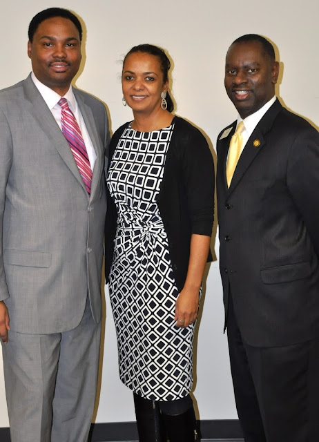Jan. 2011: Health Care Policy w/ State Rep. Howard Mosby - DSC_4322.JPG