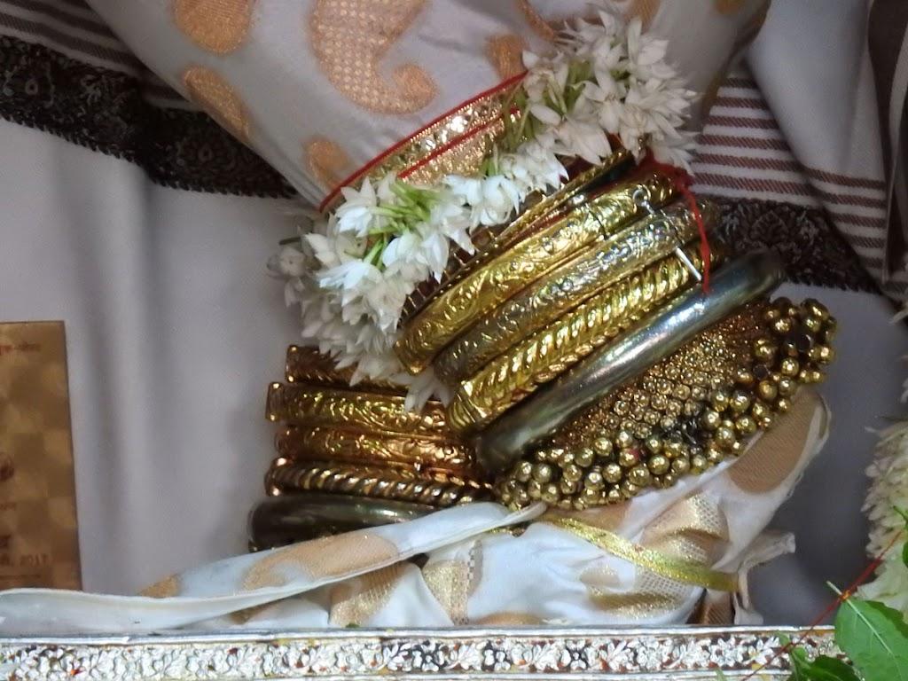 Radha Govind Devji Deity Darshan 02 Jan 2017 (7)