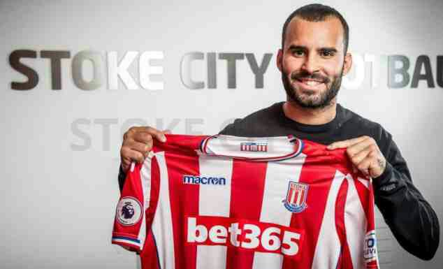 Stoke sign PSG's Jesé Rodríguez on loan as Joselu departs for Newcastle