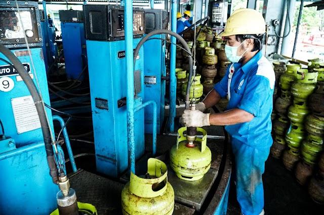 Pertamina Salurkan LPG ke Lokasi Terdampak Banjir