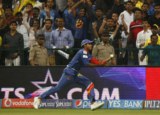 A Delhi Daredevils player in action during the eighth match of IPL 2014 between Chennai Super Kings 2013_2.jpg