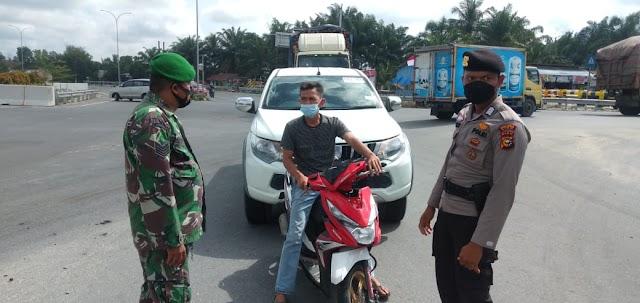 Koramil 09/Minas Bersama Jajaran Polsek Minas Gelar Operasi Yustisi di Kelurahan Minas Jaya