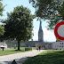 17e Vakantiefietserstickertje in de burcht van Caen.