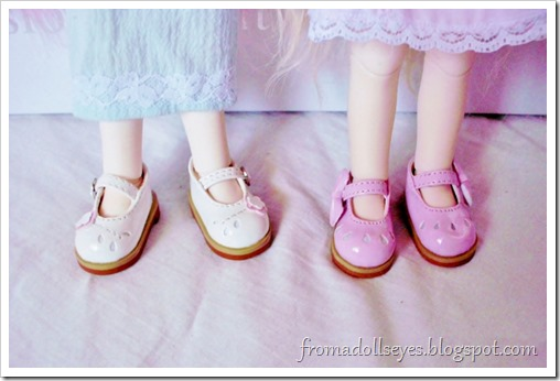 Bjd shoe haul for Alice's Collections.  SH317 in white and SH330 in pink, yosd sized shoes.