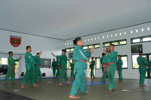 Ratusan Personel Korem 141/Tp dan Yonif 726/Tml Ikut Ujian Kenaikan Sabuk Yong Moodo