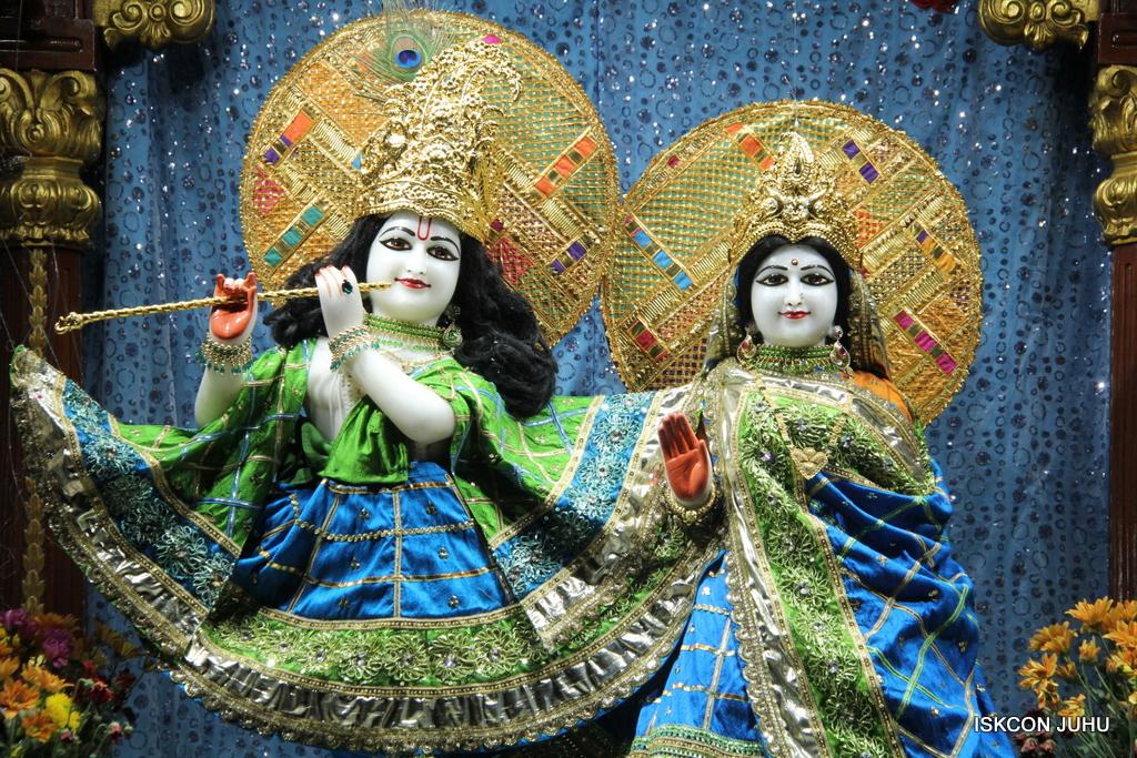 ISKCON Juhu Mangal Deity Darshan on 5th Sep 2016 (25)