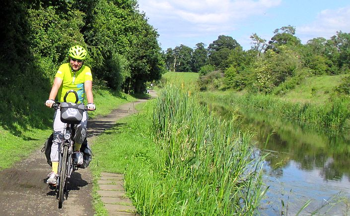 Chris on the Bike am Union Canal