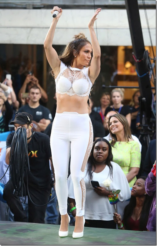 Jennifer-Lopez-The-Today-Show-Love-Make-The-World-Go-Round-Fashion-La-Perla-Tom-Lorenzo-Site-2