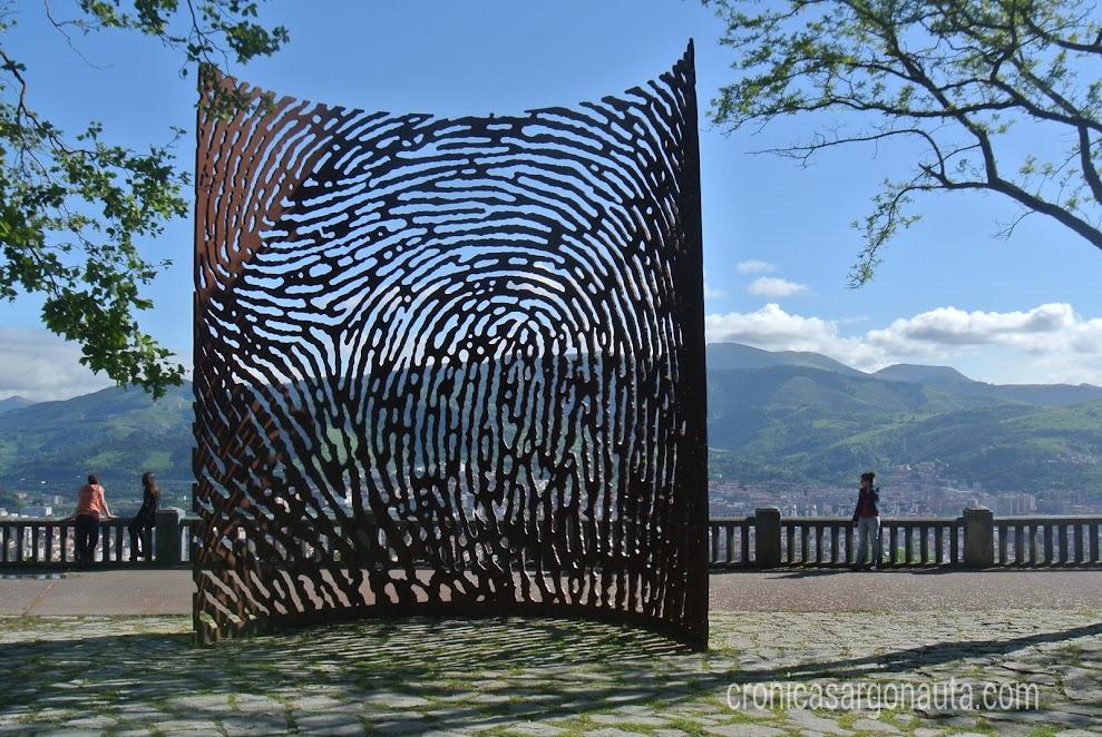 huella en el parque de Bilbao