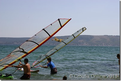 Croatia Online - Fire Plane