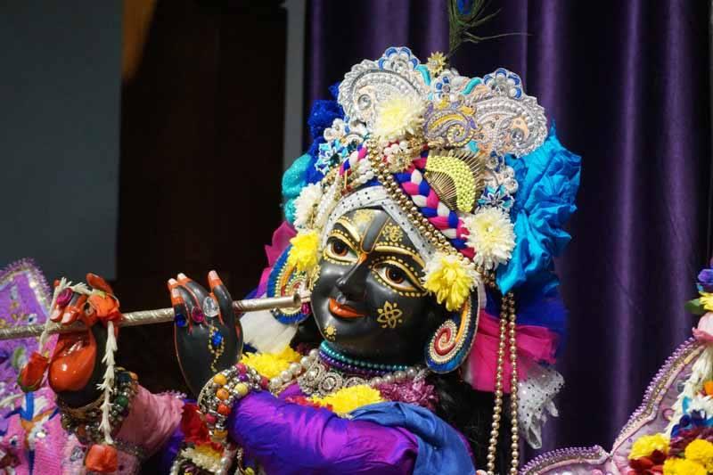 ISKCON Noida Deity Darshan 19 Dec 2015 (12)
